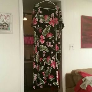 NWT Catherine shortsleeved dress